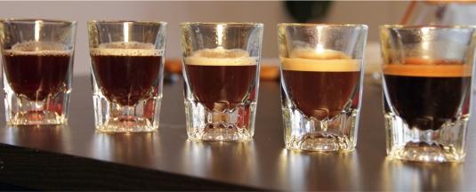 Barista-Kim-el-sabor-del-café-depende-del-tiempo-de-extracción